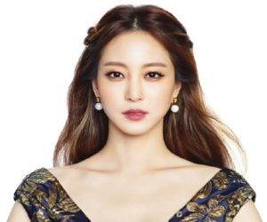 Han Ye Seul Started Her Acting Career After Winning A Supermodel Content In South Korea She Has Acted Three Movies So Far And Many Of Television